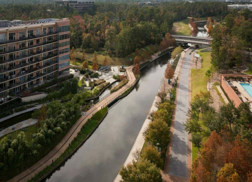 where to stay for ironman texas at the woodlands