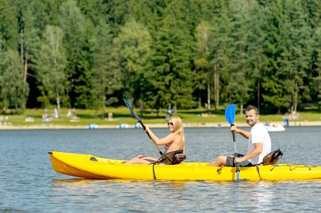 how to have a fabulous date night kayaking
