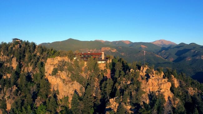 are the camps reasons to love the broadmoor