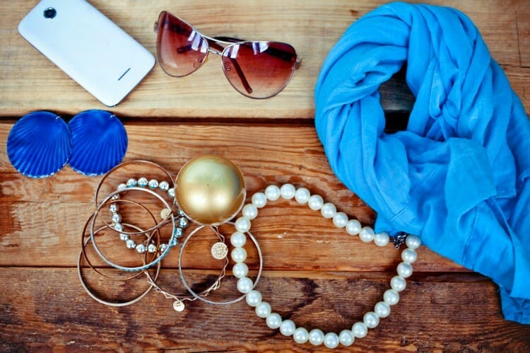 what are some fabulous finds accessories you should know about