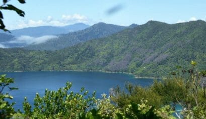 what are some vacation spots for triathlon training like new zealand