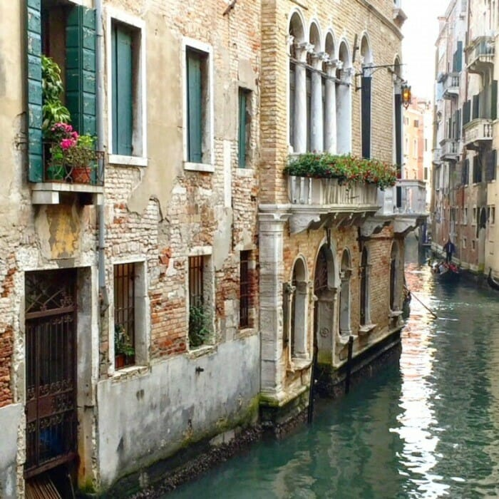 what's on a first timer's must-do guide to venice