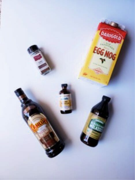 what are the ingredients in a gingerbread eggnog cocktail recipe