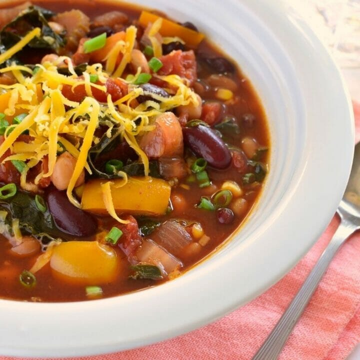 Slow Cooker Bean and Vegetable Chili Recipe