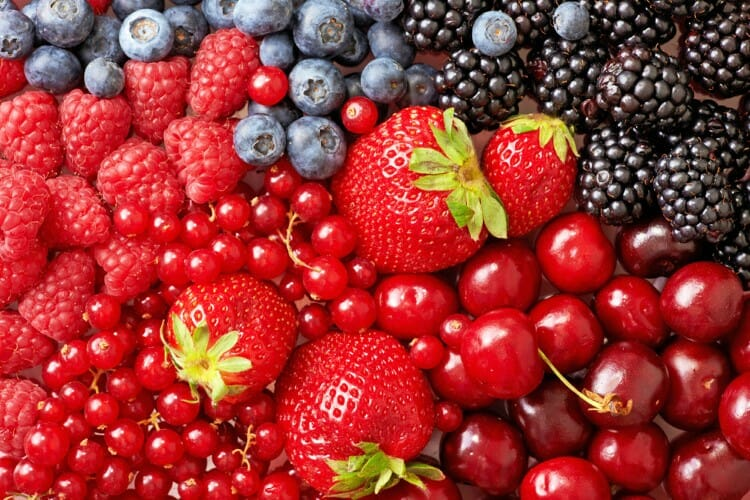 berries to put in baked chia oatmeal cups