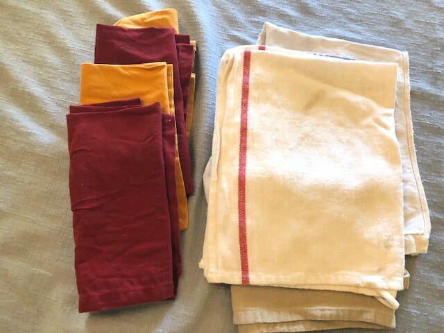use cloth napkins for a more sustainable kitchen