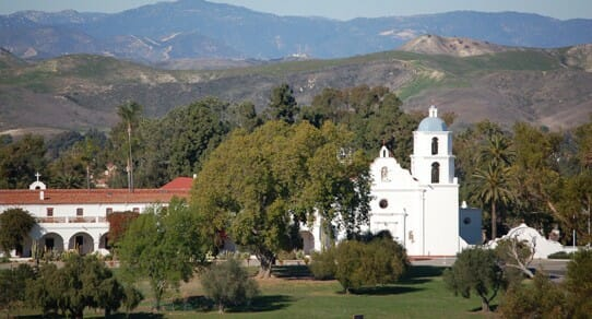what are some things to do around oceanside california like mission san luis rey