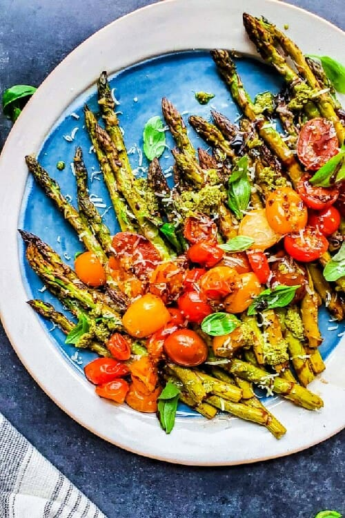 roasted asparagus with balsamic and tomatoes