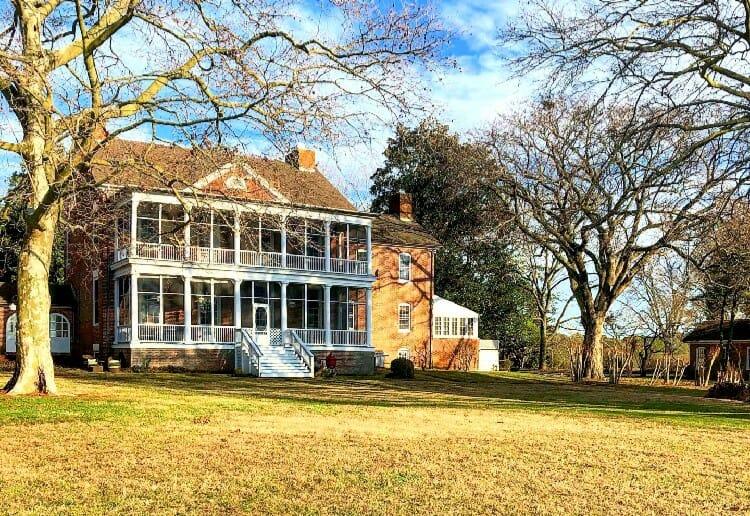 sugar water manor clifton house