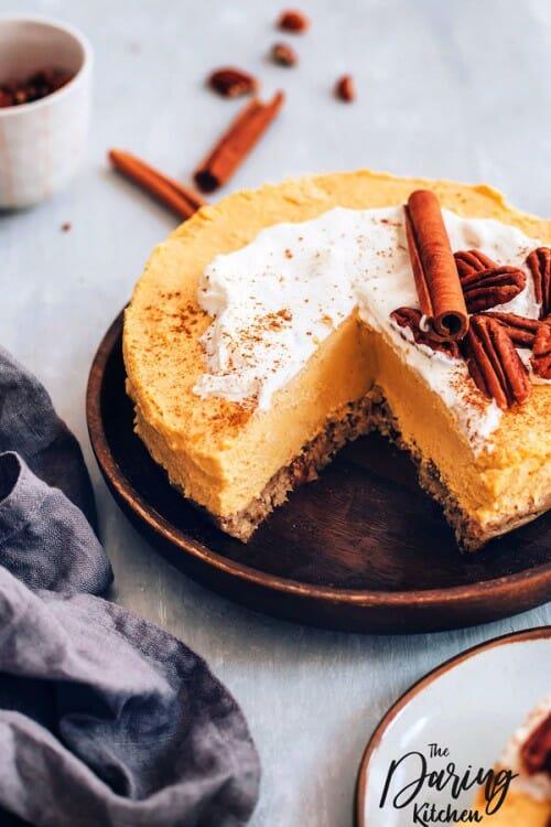 make-ahead thanksgiving recipes like pumpkin cheesecake